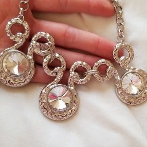 paparazzi Jewelry - 5 for $25 Silver Necklace and Earring Set